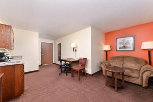 AmericInn Lodge and Suites - Saint Cloud, Szállodák  Saint Cloud - big - 13
