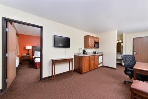 AmericInn Lodge and Suites - Saint Cloud, Szállodák  Saint Cloud - big - 14
