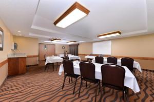 AmericInn Lodge and Suites - Saint Cloud, Szállodák  Saint Cloud - big - 27