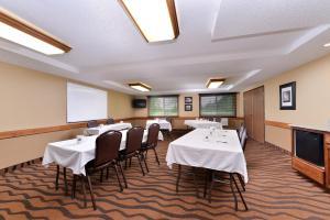 AmericInn Lodge and Suites - Saint Cloud, Szállodák  Saint Cloud - big - 26