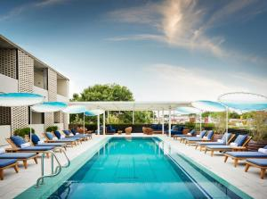 Hotel Review: South Congress Hotel – Photos, Prices and Deals