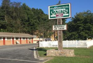 Highland Hills Motel Cabins