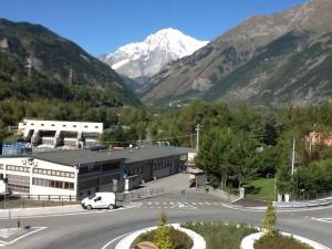 Mansarda Monte Bianco, Апартаменты  Ла-Саль - big - 6