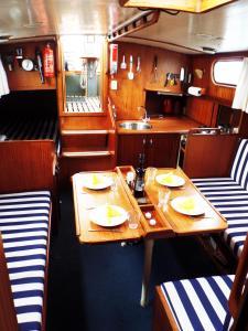 Private Ship Rotterdam Center