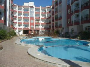 Apartment at nice resort with pool, Апартаменты  Хургада - big - 14