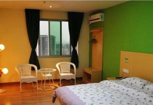 8 Inns Dongguan Shipai Branch