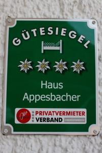 Haus Appesbacher, Homestays  St. Wolfgang - big - 8