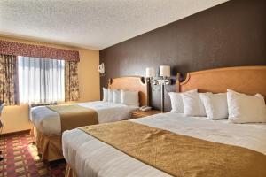 Quality Inn Hall of Fame, Hotel  Canton - big - 20