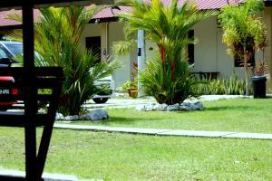 Pemandangan Indah Guest House, Affittacamere  Kampung Padang Masirat - big - 14