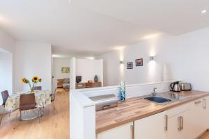 City Centre 2 by Reserve Apartments, Apartmány  Edinburgh - big - 77