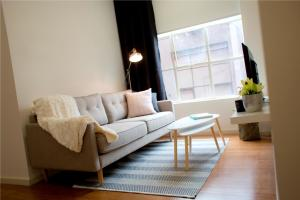 City Edge Town Apartments - Melbourne CBD, Victoria, Australia