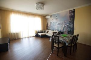 Batumi Appartments, Apartments  Batumi - big - 11