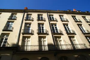18 Crebillon, Apartments  Nantes - big - 32