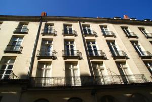 18 Crebillon, Apartmanok  Nantes - big - 32