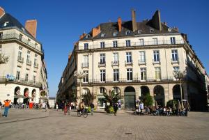 18 Crebillon, Apartmanok  Nantes - big - 33