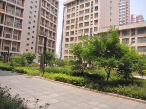 Qingdao Haianju Apartment Damuzhi Plaza