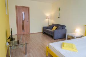 Апартаменты Yellow Rooms на Подмосковном бульваре - фото 4