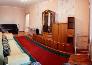 Dekabrist apartment on Anokhina 120A