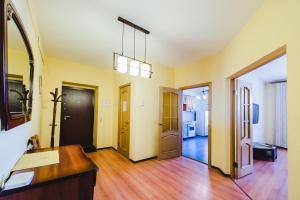 Dekabrist apartment on Petrovsko-Zavodskaya 25