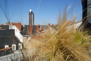 18 Crebillon, Ferienwohnungen  Nantes - big - 41