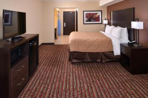 Quality Inn & Suites Tacoma - Seattle, Hotely  Tacoma - big - 2