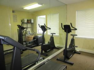 Suburban Extended Stay Hotel Columbia, Hotely  Columbia - big - 27