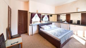 Imperial Hotel Reviews