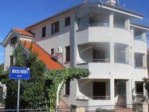 Zagi Apartment