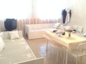 Apartments on Kirochnaya 32-34