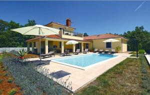 Holiday home Vranje Selo 58 with Outdoor Swimmingpool