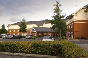 Premier Inn Warrington - M6/J21