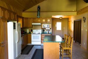 Apex Whitetail Chalet, Apartmány  Apex Mountain - big - 22