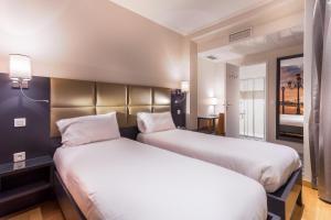 Париж - Hotel Jenner