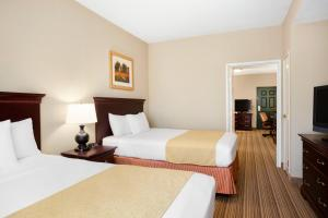 Country Inn and Suites Ithaca