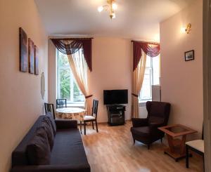 Moika 17 Apartment