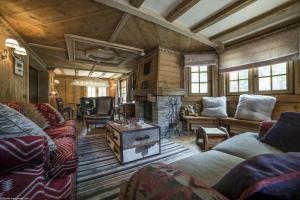Chalet Ayoungila - Apartment - Courchevel