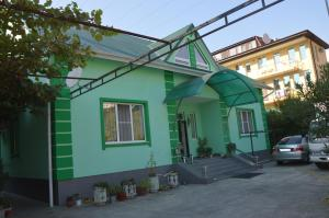 Green House Guesthouse