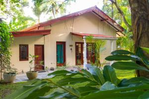 Mangoon Villa