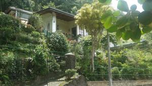 Jinendhi Garden Villa