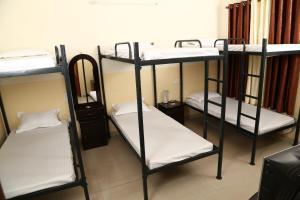 Sinsina Hostel & Guest House