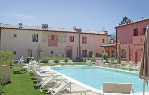 Apartment Gambassi Terme -FI- with Outdoor Swimming Pool 230 - Hotel - Castagno