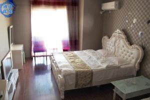 Dalian Yicheng Apartment Hotel