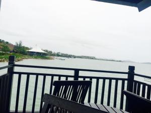 Langkawi Lagoon Resort Water Chalet by De Lagoon, Üdülőtelepek  Kampung Padang Masirat - big - 12