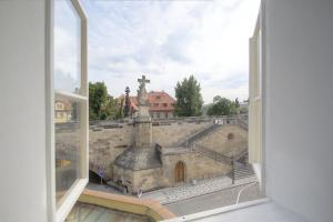 Charles Bridge view Apartment