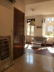 Du Vieux Port Au Palais Longchamp, Apartments  Marseille - big - 6