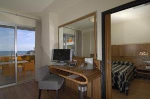 Hotel Bibione Palace, Отели  Бибионе - big - 57