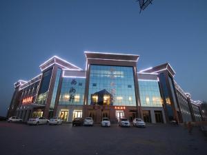 Zhangye Xincheng Hotel