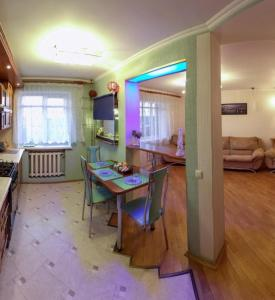 Апартаменты На Сурганова - фото 2