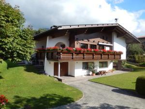 Haus Ruech, Apartmány  Mieming - big - 25