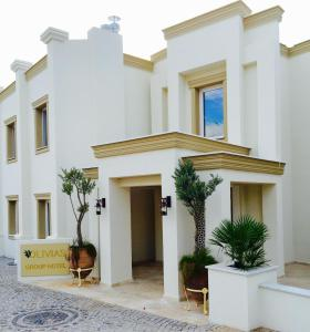 Olivias Group Hotel
